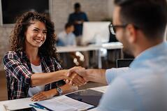 The Best Time In The Hiring Process to Discuss Your Employee Benefits Program