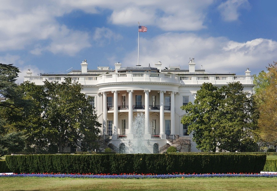 A photo of the White House in Washington D.C., where many Presidents have mulled over the implications of healthcare reform throughout history.