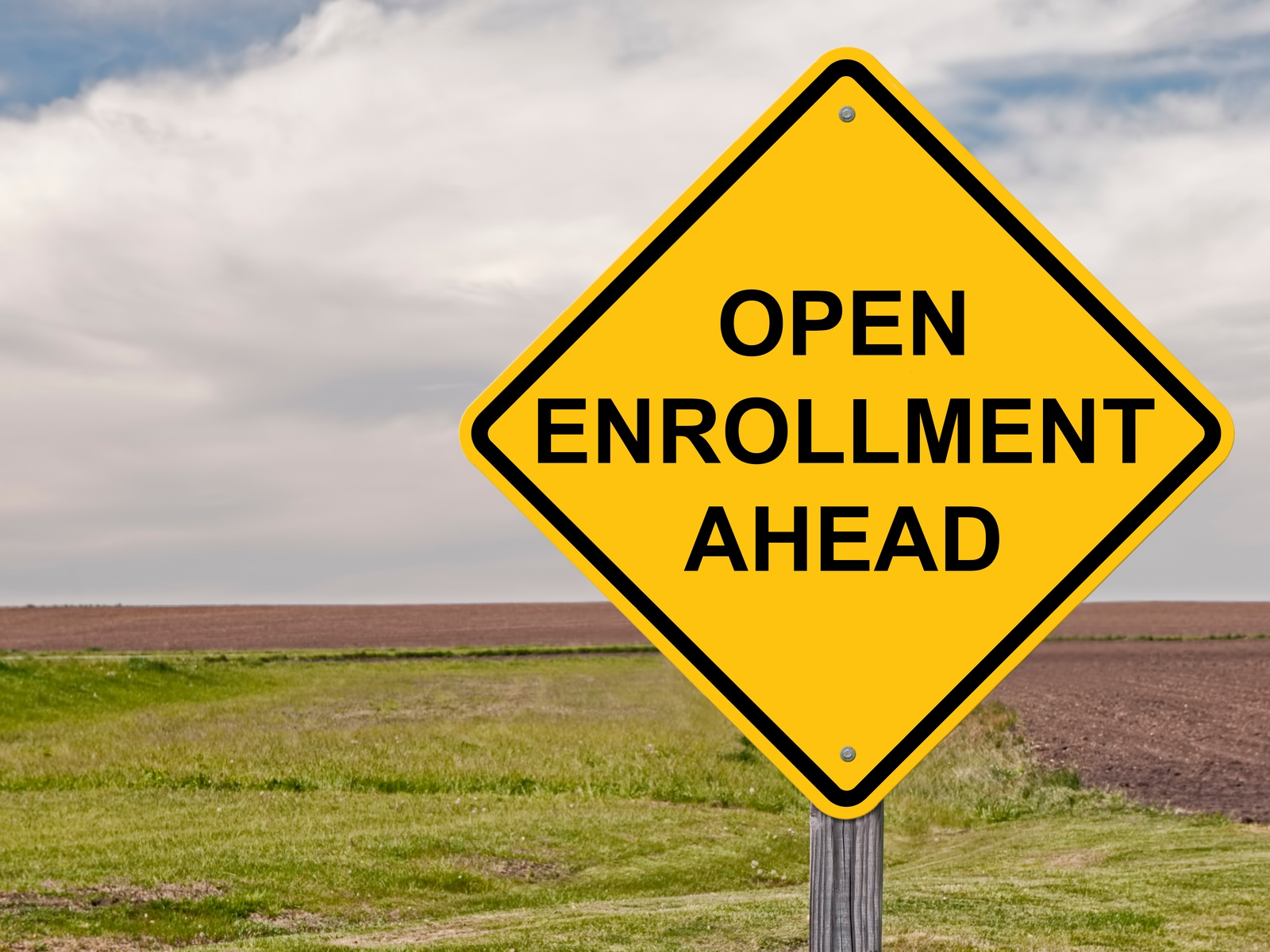 4 Ways to Spice Up Employee Benefits Open Enrollment Meetings - Featured Image