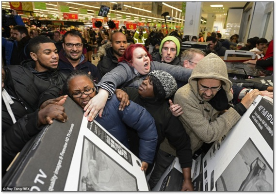 Black Friday Revolt Continues; Employers Put Family Time First - Featured Image
