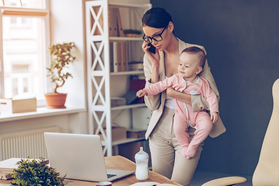 How to Create a Family Friendly Workplace - Featured Image